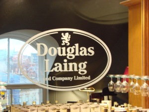 Douglas Laing Logo
